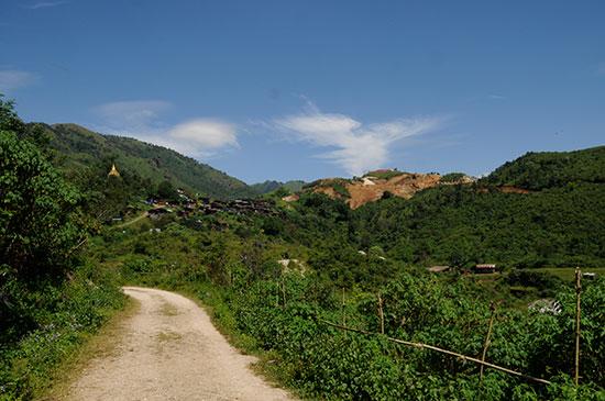 Road to Bawpadan photo image