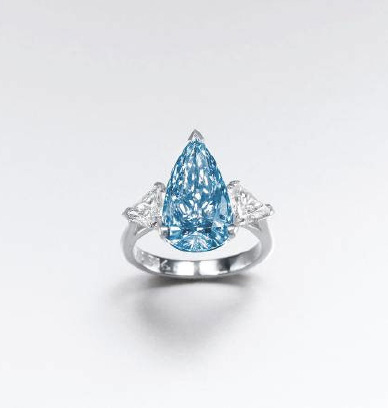 De Beers Blue Diamond photo image