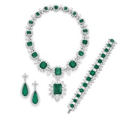 Emerald Jewelry Suite photo image