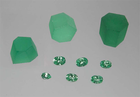 Synthetic Rough and Faceted Vanadium-Bearing Chrysoberyl photo image