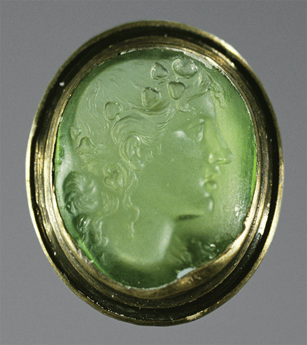 Peridot Intaglio photo image
